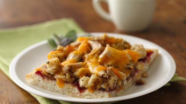 Turkey Dinner Pizza - photo courtesy of Pillsbury.com